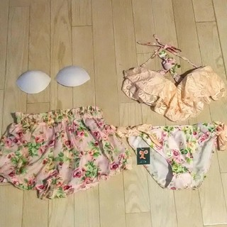 axes femme - 【限定破壊値】可憐なビキニ水着👙/薔薇とレースとリボン🎀set4点/M/新品