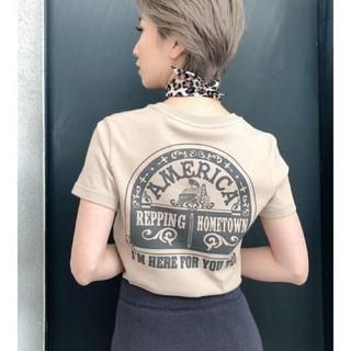 GYDA - GYDA GOD IS GOODショートTシャツ