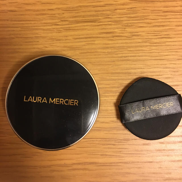 laura mercier(ローラメルシエ)のニコリ様  ローラメルシエ クッションファンデ コスメ/美容のベースメイク/化粧品(ファンデーション)の商品写真