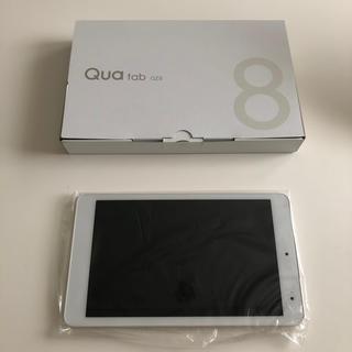 キョウセラ(京セラ)のQua tab QZ8 タブレットオフホワイト(タブレット)