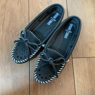ミネトンカ(Minnetonka)のMINNETONKA シューズ(ローファー/革靴)