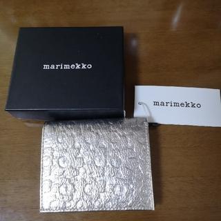 マリメッコ(marimekko)の新品 マリメッコ 二つ折り財布(財布)
