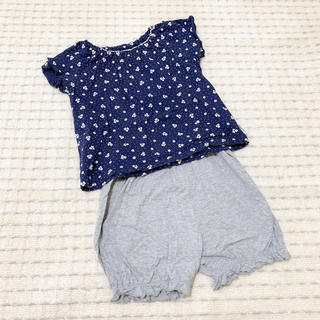 ニシマツヤ(西松屋)の西松屋 ❤︎ 夏用 半袖 & 半ズボン 花柄 パジャマ 2点セット 110cm(パジャマ)