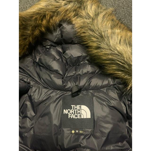 THE NORTH FACE(ザノースフェイス)のTHE NORTH FACE マウンテンダウンコート M メンズのジャケット/アウター(ダウンジャケット)の商品写真