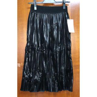 ザラ(ZARA)の【新品タグ付き】ZARA フェイクレザー スカート ブラック XS(ひざ丈スカート)