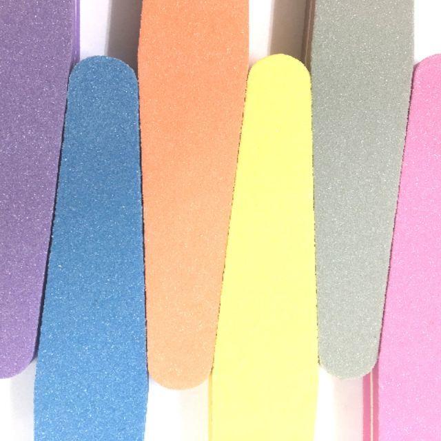 ●洗って使える●スポンジ バッファー ダイヤ 2色セット 選べるカラー コスメ/美容のネイル(ネイルケア)の商品写真