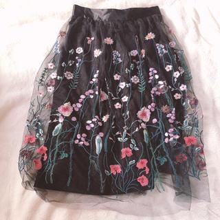 エイチアンドエム(H&M)のH&M 刺繍レースシフォンスカート 新品(ひざ丈スカート)
