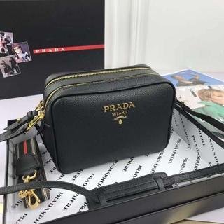 PRADA - ☆美品 PRADA ショルダーバッグ