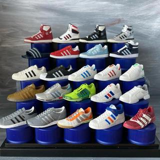 アディダス(adidas)のアディダス スニーカー ペプシ ボトルキャップ(スポーツ)
