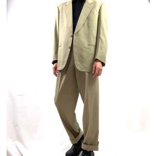 ジョンローレンスサリバン(JOHN LAWRENCE SULLIVAN)の高級 くすみカラー ベージュ シングルタイプ セットアップ 春 メンズ(セットアップ)