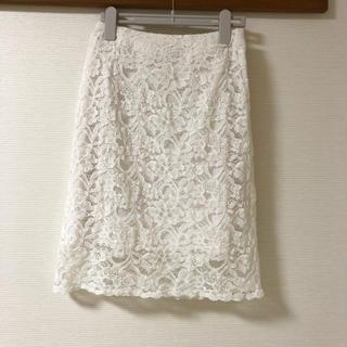 アーベーセーアンフェイス(abc une face)の花柄レースタイトスカート(ひざ丈スカート)