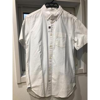 ギャップ(GAP)のGAP 白 半袖 シャツ M(シャツ)