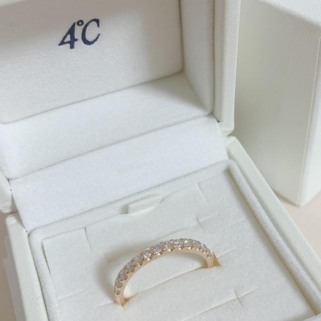 4℃(ヨンドシー)の 4℃ k18 プレジェンス ハーフエタニティ ダイヤリング 12号美品 レディースのアクセサリー(リング(指輪))の商品写真