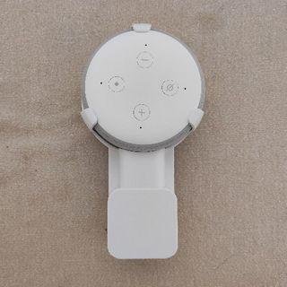エコー(ECHO)のEcho Dot(第3世代/サンドストーン) + 壁掛けホルダー(スピーカー)