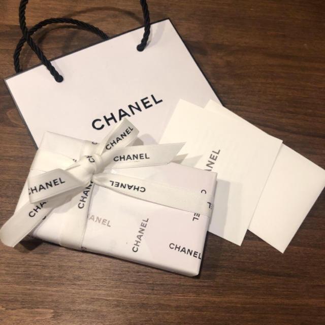 CHANEL(シャネル)のチャンス 限定 クレヨン プレゼント包装 コスメ/美容のボディケア(ボディオイル)の商品写真