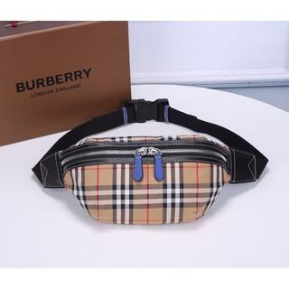 BURBERRY - ボディーバッグ BURBERRY