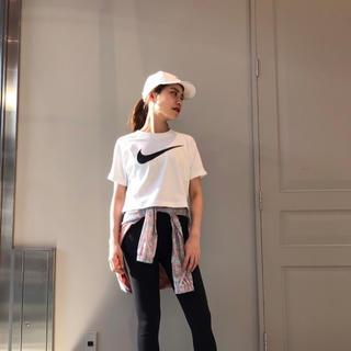 NIKE - NIKE ナイキ Tシャツ スウォッシュ Sサイズ 新品