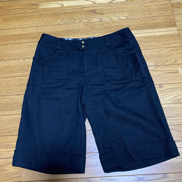 BURBERRY BLUE LABEL(バーバリーブルーレーベル)のBURBERRY    パンツ美品 レディースのパンツ(ハーフパンツ)の商品写真