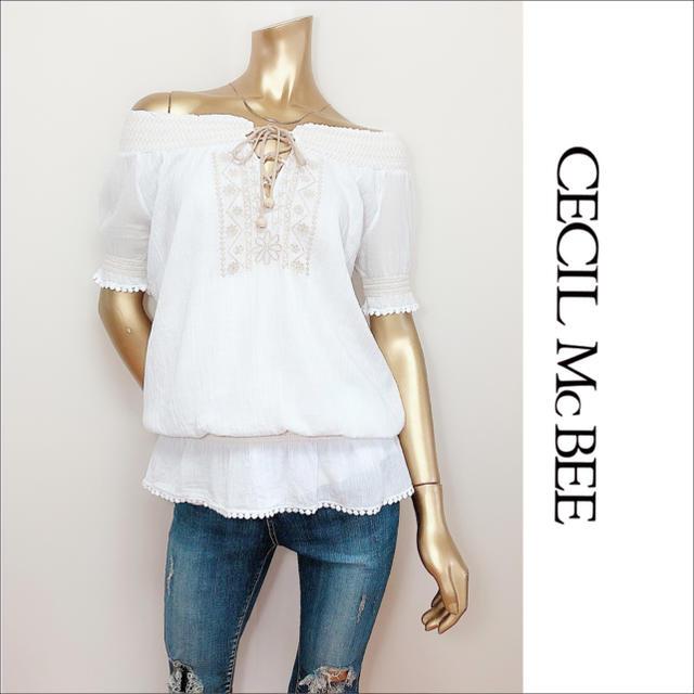 CECIL McBEE(セシルマクビー)のCECIL McBEE 刺繍 オフショル トップス スモック♡INGNI レディースのトップス(シャツ/ブラウス(半袖/袖なし))の商品写真