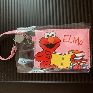 エルモ リール付きパスケース(名刺入れ/定期入れ)