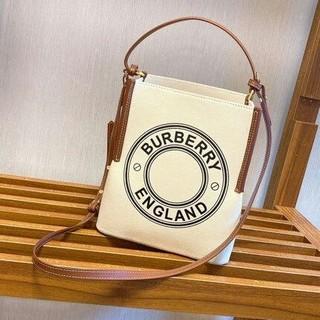 BURBERRY 斜めがけショルダーポーチ/ハンドバッグ
