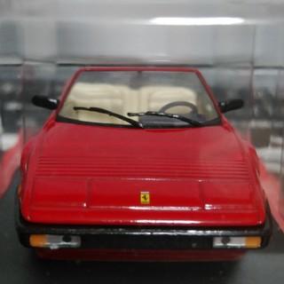 フェラーリ(Ferrari)のFerrari MONDIAL CABRIO 1/43スケールモデル(ミニカー)