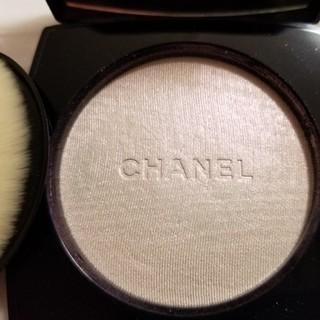 CHANEL - 残量9割程度 シャネル プードゥル ルミエール 40ホワイトオパール