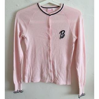 バービー(Barbie)のBarbie バービー カーディガン ニット 薄ピンク サイズM(カーディガン)