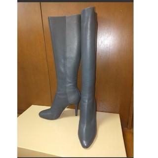 ジミーチュウ(JIMMY CHOO)の美品 JIMMY CHOO ジミー チュウ ロングブーツ グレー 38.5(ブーツ)
