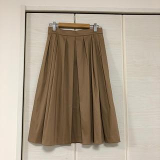 エムプルミエ(M-premier)のエムプルブラックライン♡ベージュ スカート(ひざ丈スカート)