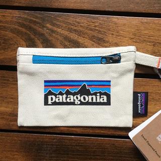 パタゴニア(patagonia)のパタゴニア スモール ジッパード ポーチ 新品(ポーチ)