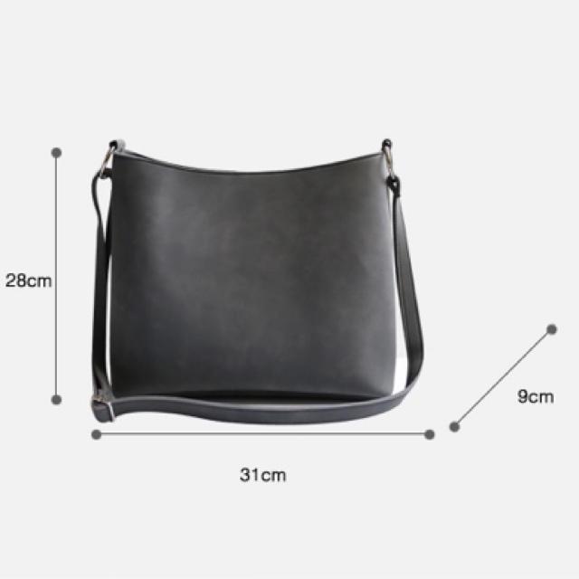 ZARA(ザラ)のショルダーバッグ レディースのバッグ(ショルダーバッグ)の商品写真