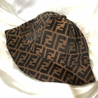 FENDI - 新品未使用 FENDI フェンディ バケットハット ブラウン 帽子