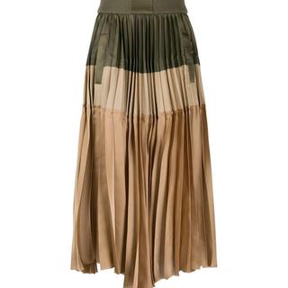 sacai - サカイsacai今期プリーツスカート未使用