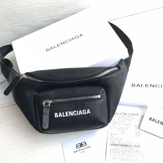 Balenciaga - バレンシアガウエストポーチ