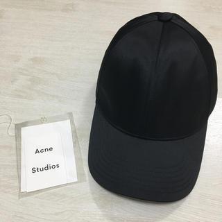 アクネ(ACNE)のAcne Studios Camp Bomber CAP ブラック(キャップ)
