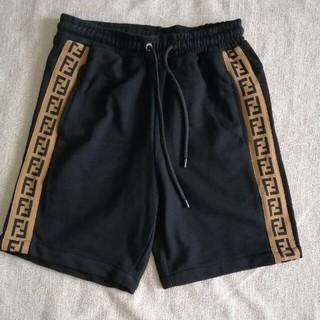 フェンディ(FENDI)の綿 Fendiフェンデイ パンツ 短パンツ(ショートパンツ)