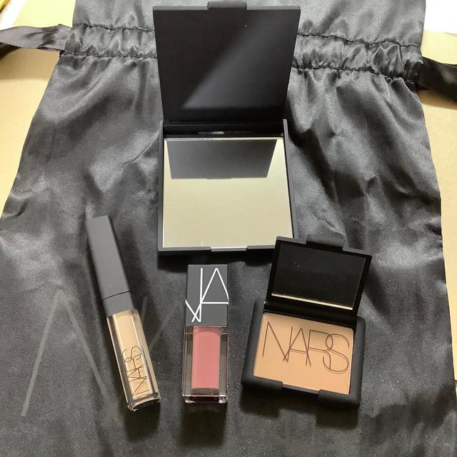 NARS(ナーズ)のNARS 5点 コスメ/美容のベースメイク/化粧品(その他)の商品写真