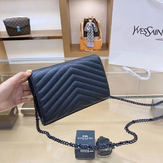 Yves Saint Laurent Beaute(イヴサンローランボーテ)のYSLショルダーバッグ レディースのバッグ(ショルダーバッグ)の商品写真