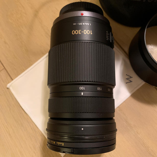 Panasonic(パナソニック)のPanasonicマイクロフォーサーズ用 望遠レンズ100-300 スマホ/家電/カメラのカメラ(レンズ(ズーム))の商品写真