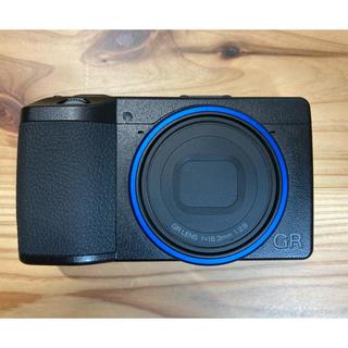 リコー(RICOH)のRICOH GRⅢ 別売本革ケース付き(コンパクトデジタルカメラ)