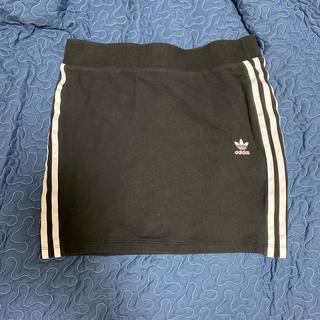 adidas - adidas ミニタイトスカート