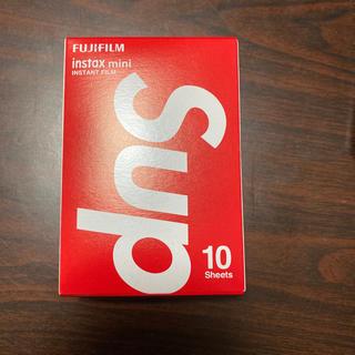 シュプリーム(Supreme)のSupreme Fujifilm instax Mini InstantFilm(フィルムカメラ)