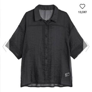 GU - シアーオーバーサイズシャツ(5分袖)