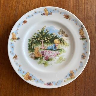ロイヤルドルトン(Royal Doulton)のロイヤルドルトン クラシックプー レア お皿 新品未使用(食器)