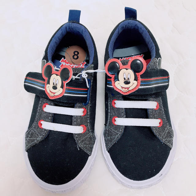 Disney(ディズニー)のミッキー ブラックスニーカー15cm キッズ/ベビー/マタニティのキッズ靴/シューズ(15cm~)(スニーカー)の商品写真