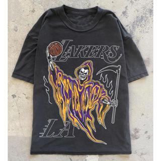 フィアオブゴッド(FEAR OF GOD)のWARREN LOTAS  NBA LA LAKERS Tシャツ supreme(Tシャツ/カットソー(半袖/袖なし))