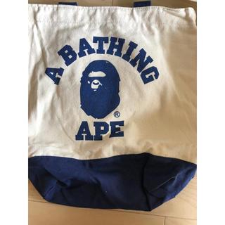 A BATHING APE - ⭐️新品⭐️【A BATHING APE】カレッジ ロゴ トートバッグ