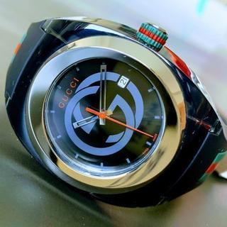 グッチ(Gucci)の【新品】箱付 グッチ GUCCI クオーツ 黒 メンズ 腕時計 ラバー(腕時計(デジタル))