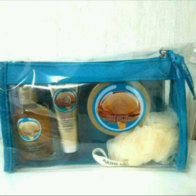 THE BODY SHOP(ザボディショップ)のアルガンポーチ コスメ/美容のボディケア(ボディソープ/石鹸)の商品写真